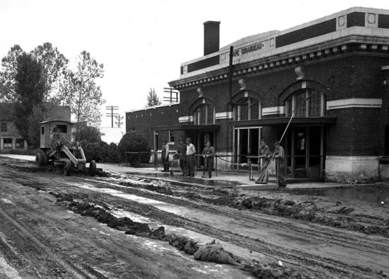 flood cleanup 1944