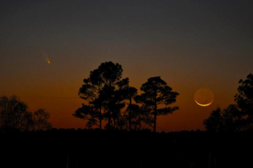 moon & pan-starrs comet
