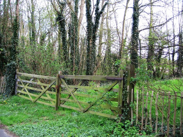 farm gates--wikimedia